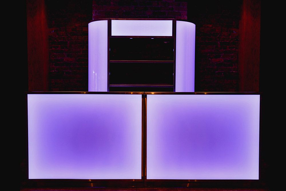 3 Metre LED & Back Bar